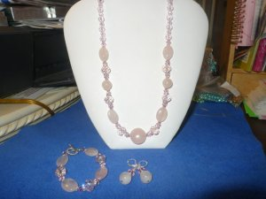 3 piece bead set pink